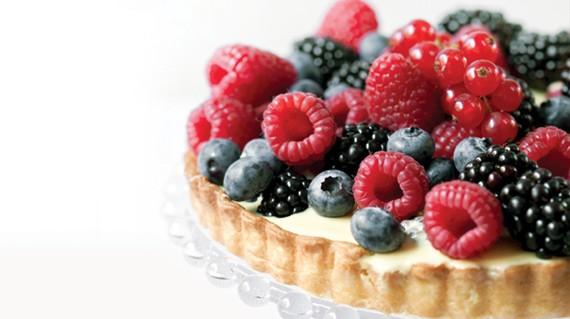 Torta cioccolato bianco e frutti di bosco